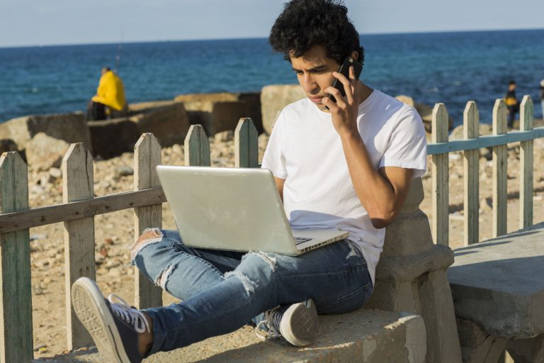 How to Become a Successful Freelance Writer or Editor